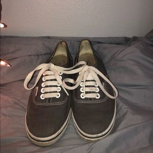 Grey Low Top Vans Old Style